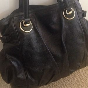🎉SALE🎉 GUCCI large leather tote - 💯% Authentic