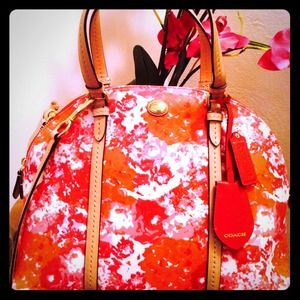 Coach. New. Peyton domed satchel.