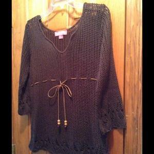 Liz Lange Tops - Liz Lange Crochet Top