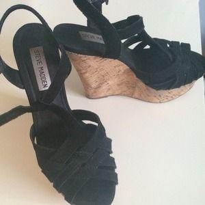 New Steve Madden wedge sandal size 6