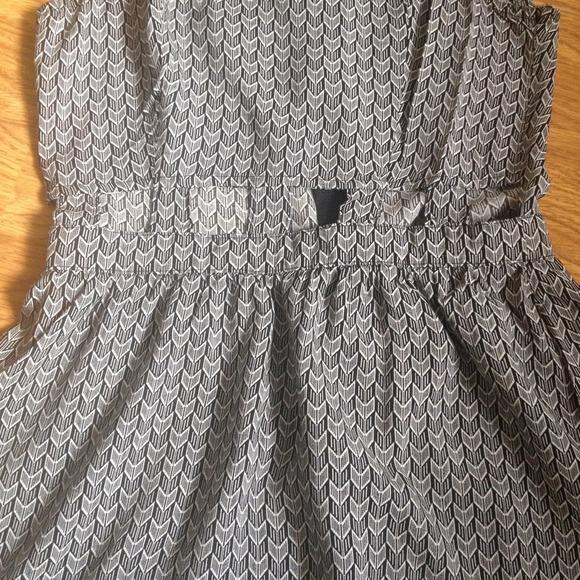 H&M Dresses - H&M Cut-Out Dress