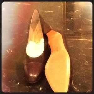 Ferragamo brown leather shoes