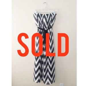Dresses & Skirts - SOLD IN BUNDLE 🔻🔻🔻Chevron Strapless Maxi Dress