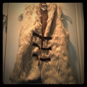 Cream faux fur vest