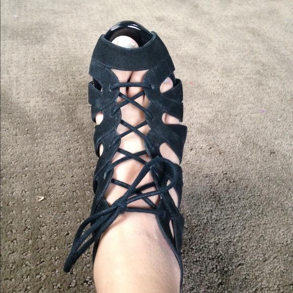 Steve Madden Black Suede Lace Up Heels