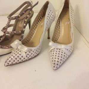 Kate spade bridal pointed toe shoes