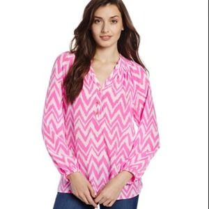 Lilly Pulitzer Tops - ⚡️SALE TODAY ONLY⚡️Lilly Pulitzer Elsa top