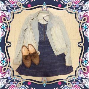 Dresses & Skirts - 🌟HP 6/21🌟Blue Printed Dress W/ Zipper Bodice