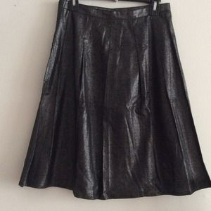 Kenar Dresses & Skirts - NWT🔸Kenar Black Metallic Pleated Flounce Skirt
