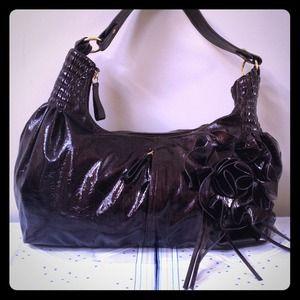 Patent leather shoulder bag