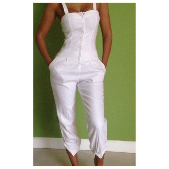 bebe - Lined white linen jumpsuit from Aisha's closet on Poshmark