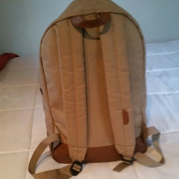 the herschel supply co herschel heritage backpack beige from makeda 39 s closet on poshmark. Black Bedroom Furniture Sets. Home Design Ideas