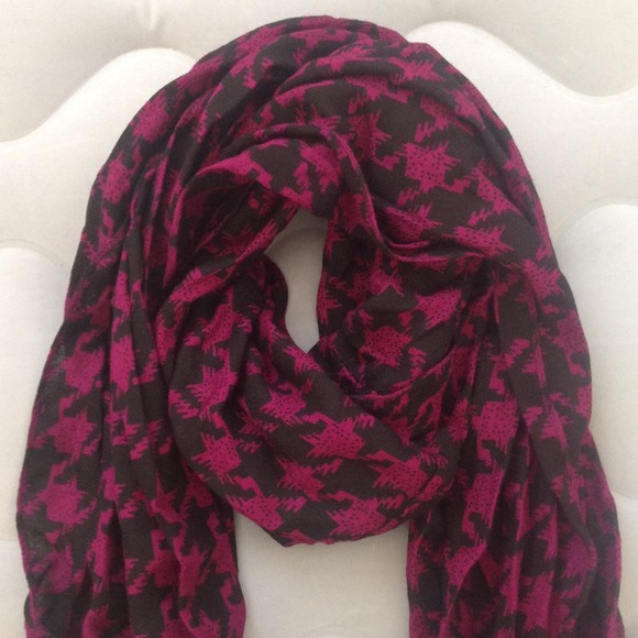54 bellissima accessories nwt scarf from queenie s