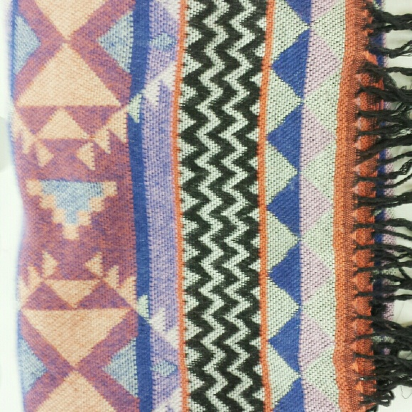 bp Accessories - ~HP 12/13/14~  Aztec Print Thick Textured Scarf