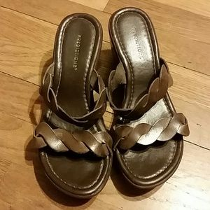 Predictions brown leather sandals