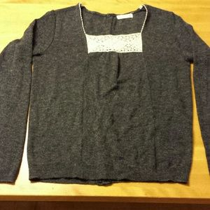 Tops - Beautiful sweater from Urban Outfitters