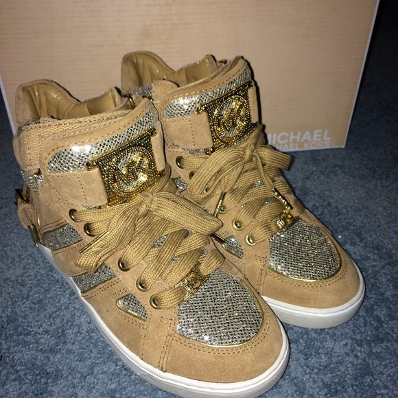 32981cb0a1be3 Buy michael kors glitter sneakers   OFF75% Discounted