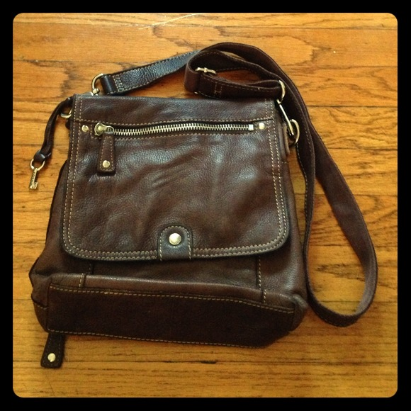 8970e9d468f Fossil Bags | Leather Crossbody Bag With Built In Wallet | Poshmark