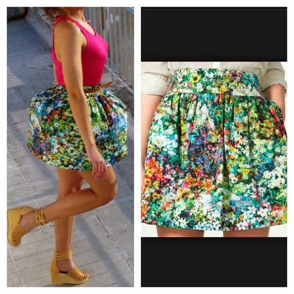 Zara - Zara HTF Floral Mini Skirt from Samantha's closet on Poshmark