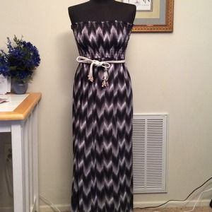 Dresses & Skirts - Black grey and white maxi