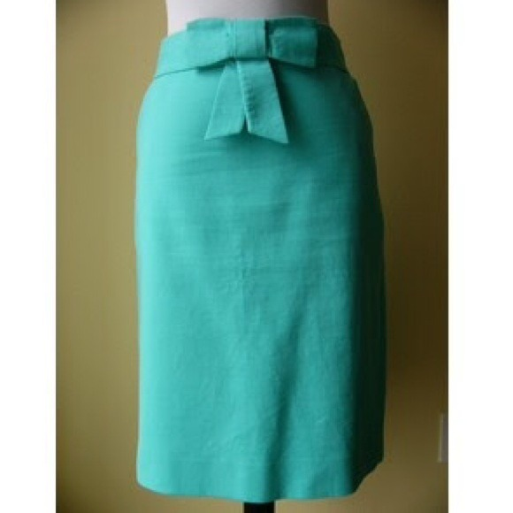 J. Crew - BUNDLED J. Crew Bow Pencil Skirt from Brittney suggested ...