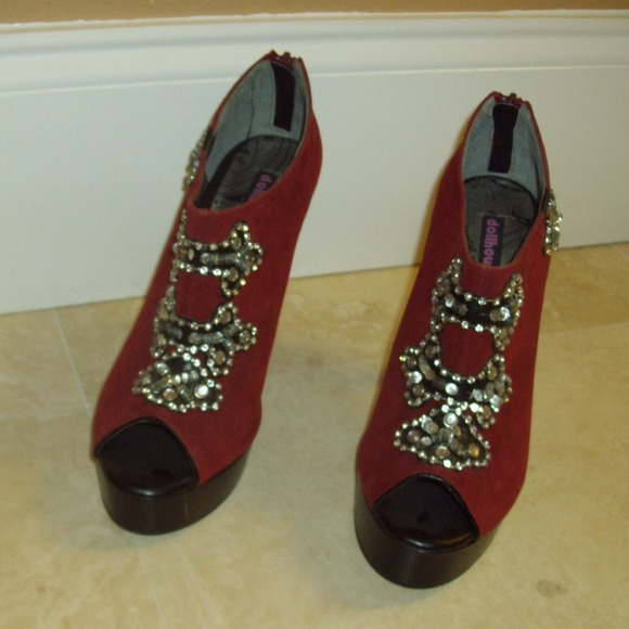 dollhouse open toe ankle boots with jewels from