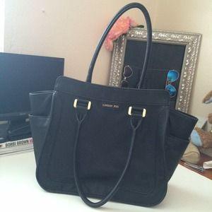 Black London Fog handbag