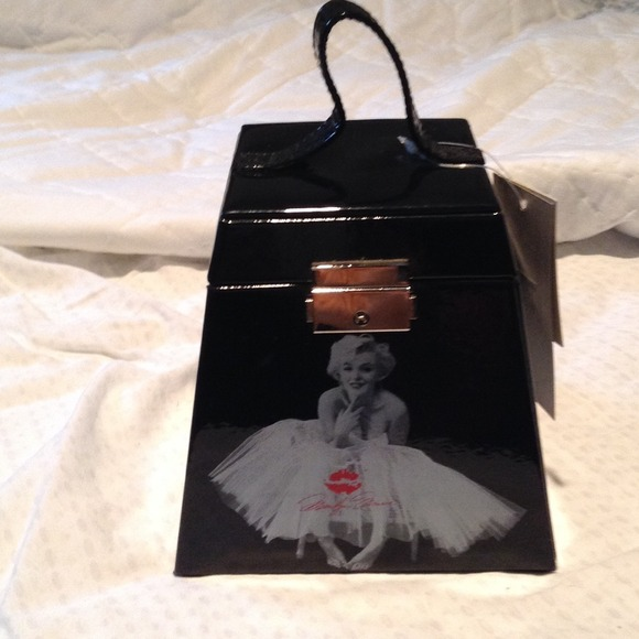Other Reduced Marilyn Monroe Jewelry Box Poshmark