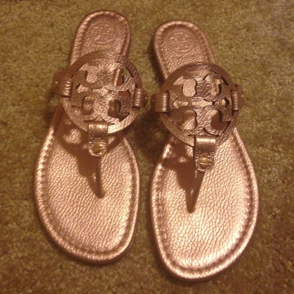 586a598694bd Tory burch miller sandals metallic rose gold. M 540e0f3ab539e46d92297d75