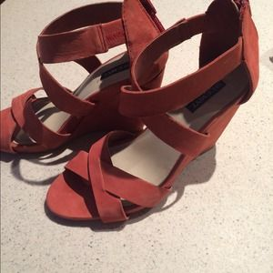 Red/coral Shoemint wedges