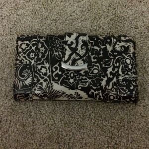 Accessories - Cute black and white wallet
