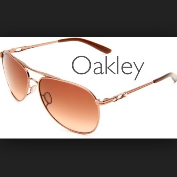 ed81ea22fea Rose Gold Oakley Daisy Chain Aviators