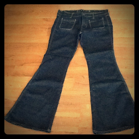Old Navy - Bell Bottom Jeans NWOT from 🎶🍺 erin's closet on Poshmark