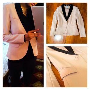 light cream pink blazer w black detail