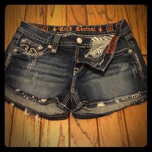 Erin rock revival shorts size 28