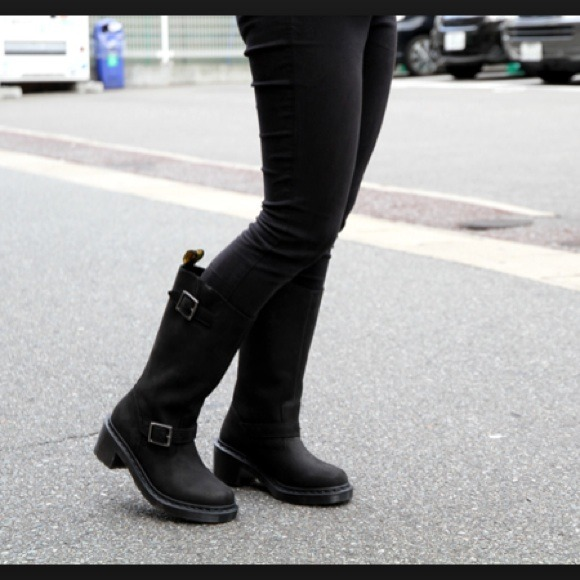 57 Off Dr Martens Boots Dr Martens Rowena Boots From