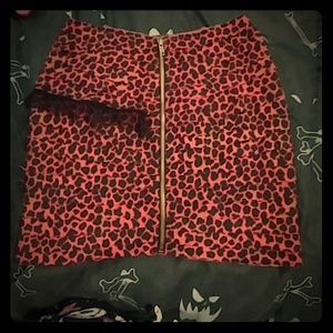 Nwot silence + noise red cheetah print skirt