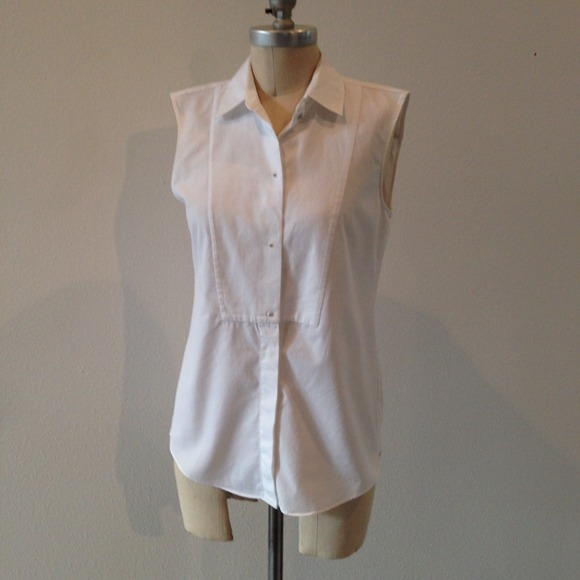 73 off zara tops sold zara sleeveless crisp white for Crisp white cotton shirt