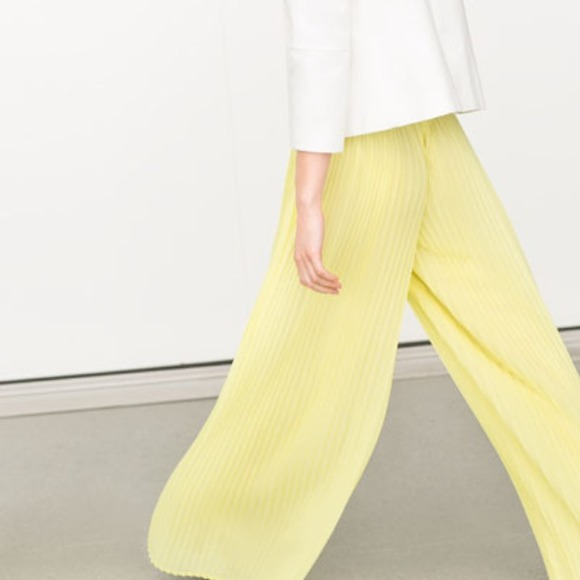 904ca5265c Zara yellow pleated palazzo wide leg trouser pants