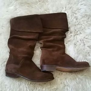 Frye Suede Boots Like New 6M