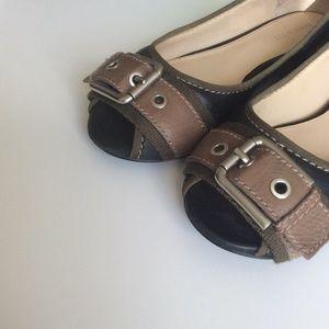Nine West Shoes - ❤ | black & olive leather buckle flats |