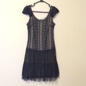 Dresses & Skirts - Black Lace & Tulle Cap Sleeve 'Vintage' Dress