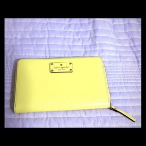 kate spade Clutches & Wallets - NWT Kate Spade Zip Travel Wallet