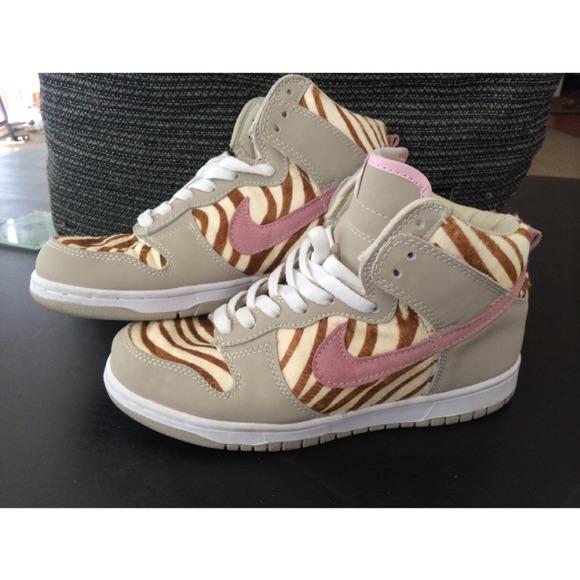 new style 355d1 7cd11 Nike Dunk Pink Zebra