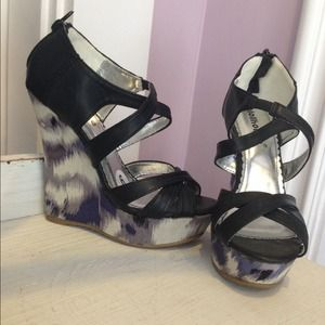 Dollhouse Shoes - NWOT strappy wedges