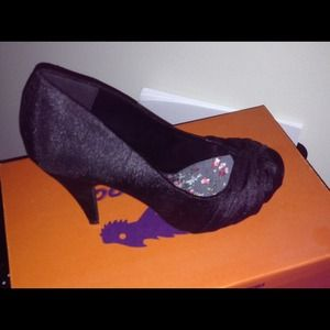 Brand new size 6.5 shoes