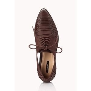 NEW Faux Leather Woven Cut Oxfords