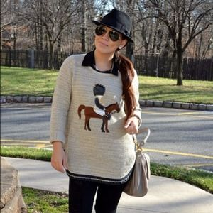 Sweaters - Knitted sweater with horse appliqué