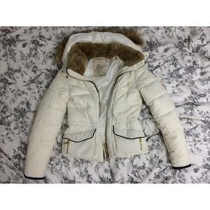 ❄️WINTER WEAR❄️ZARA Off-white down jacket fur hood