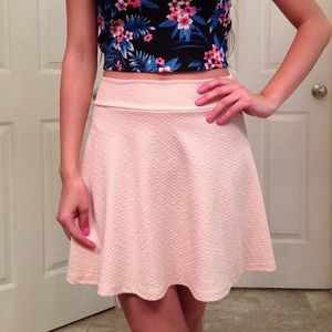 Dresses & Skirts - NEW Pink Skater Skirt